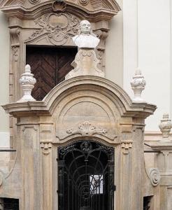 103 KRAKÓW Barokowy Kościół oo Pijarów 1