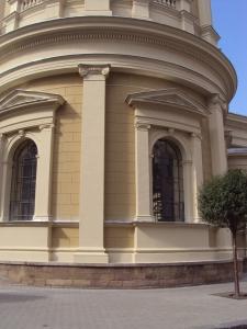 Katedra Zbawiciela Boskiego w Ostrawie elewacja